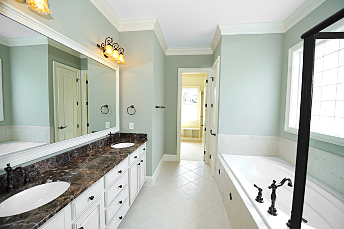 what size crown molding belongs in a small room wishihadthat u0026 39 s blog bathroom
